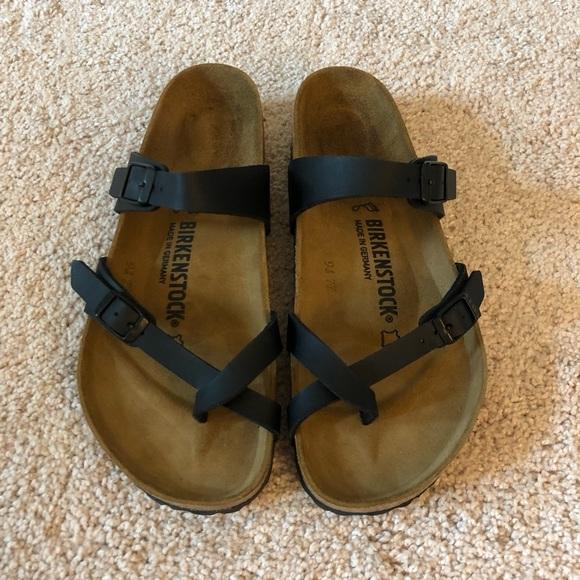 b1190c813507d Birkenstock Shoes - Women s Black Birkenstock Mayari Sandals. Size  39